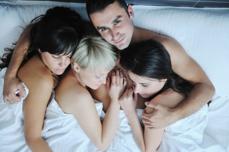 Муж жена семейное групповое рогоносец онлайн порно
